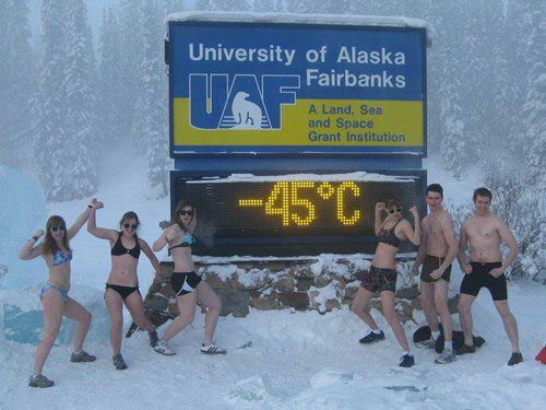 Pendant ce temps, en Alaska... On se les gel !